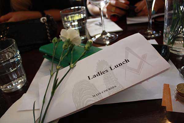 Ladies Lunch Las Chicas Que Comen